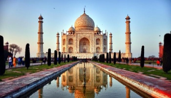 "Free Fundraiser Photo for ""Layne's Study Abroad in India"""