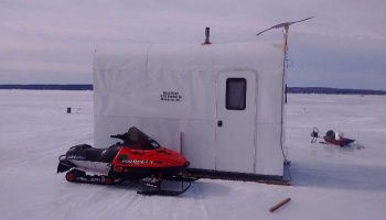 "Free Fundraiser Photo for ""icefishin rental cabin"""