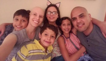 "Free Fundraiser Photo for ""Mother of 4 Fights Rare Cancer"""