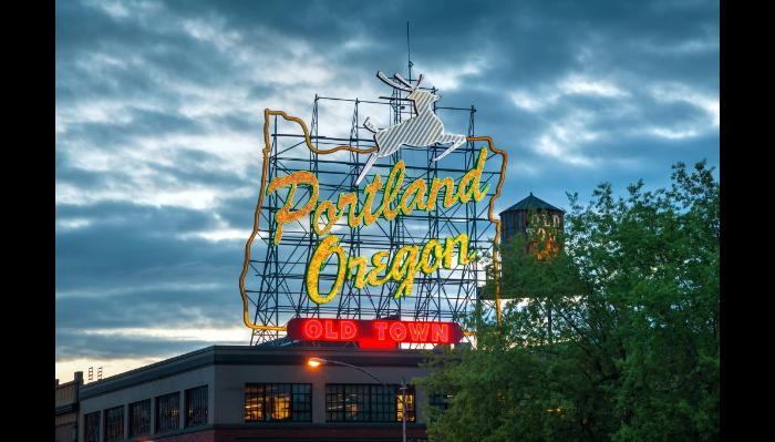 Image for 'Help Essy move to Portland' campaign on Freefunder